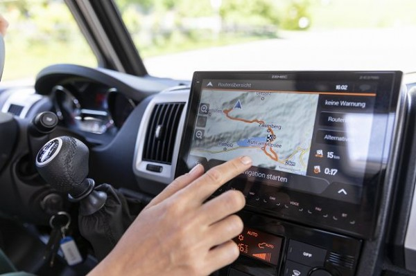 Zenec navigation system Z-E3766EHG incl.navi-map (3years free updates)